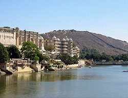 City Palace on the banks of Lake Pichola, Udaipur